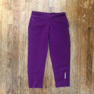 🌟REEBOK •Crop Workout Leggings Size XS